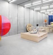 前卫的艺术创意展示店,灵活的创意展示空间