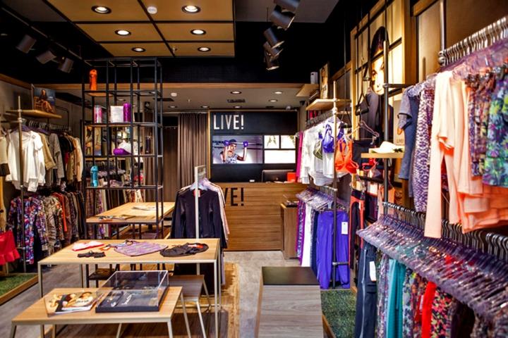 LIVE-Store-by-FAL-Design-Estrategico-Sao-Paulo-Brazil