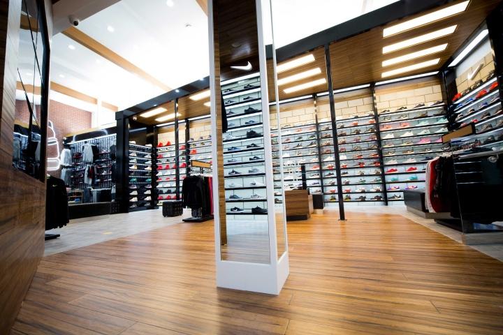 国外品牌鞋店设计赏析