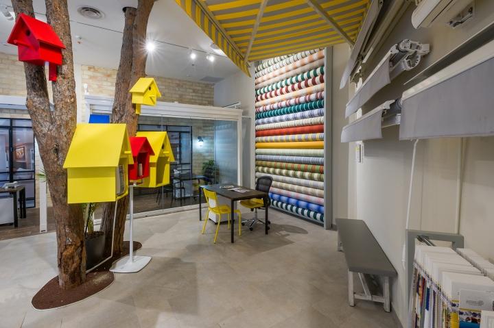 Solaris-Showroom-by-Studio-Samuelov-Petach-Tikva-Israel-03